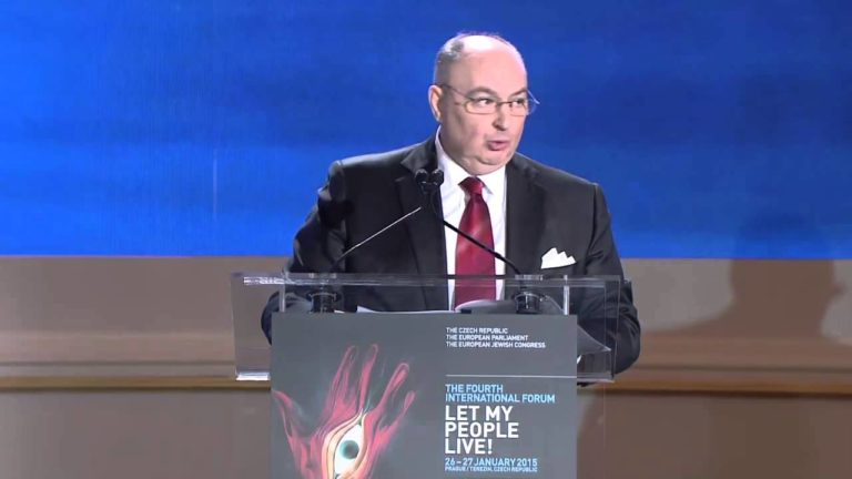 Let My People Live! 2015 – Dr. Moshe Kantor addresses the participants at the Forum's Opening Session